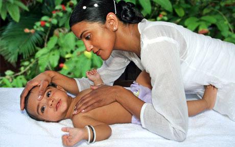 Seminar: Wirkung der ayurvedischen Babymassage